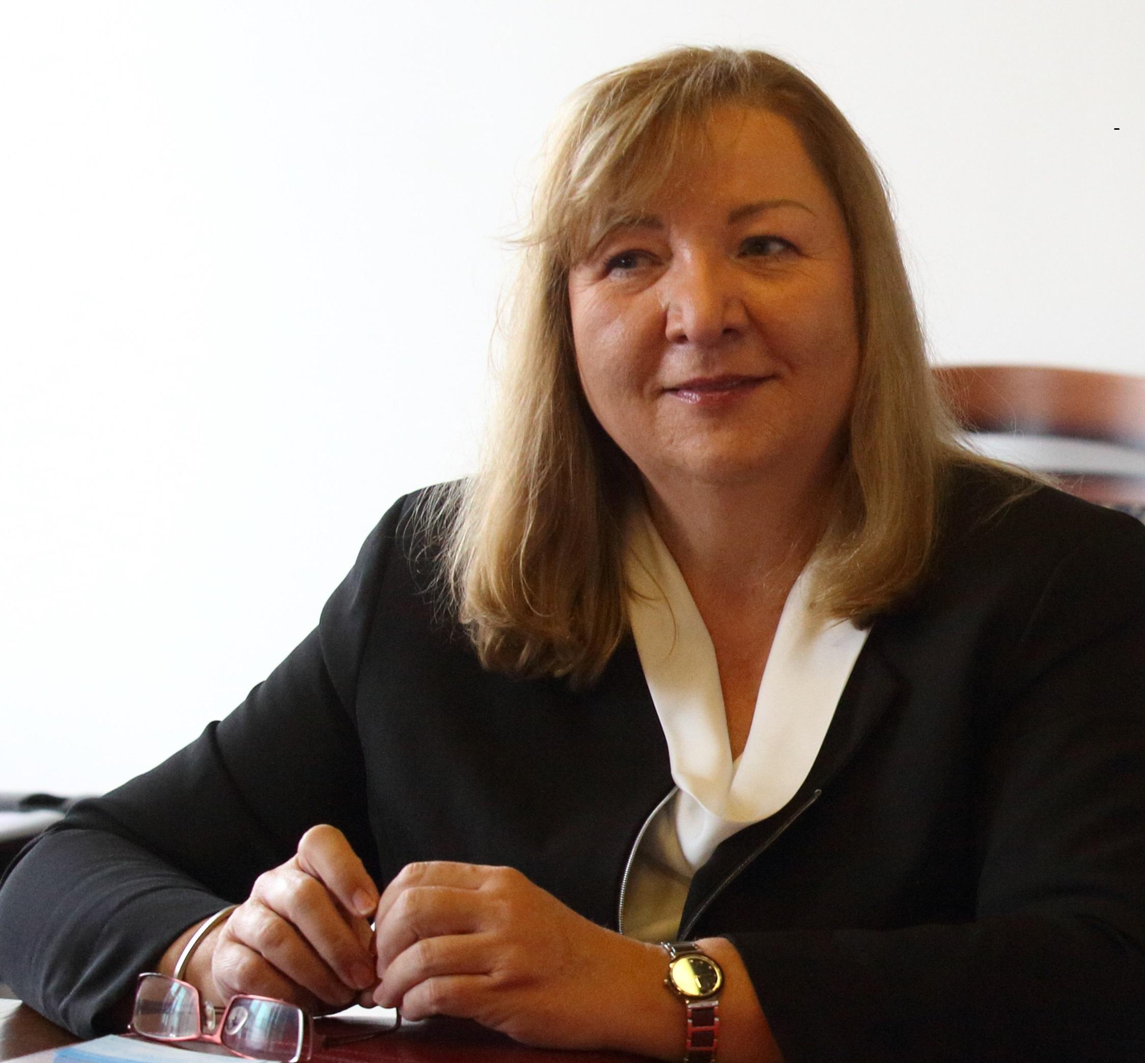 AMBIS University: Dr. Alžbeta Kiráľová, Prague, Czech Republic